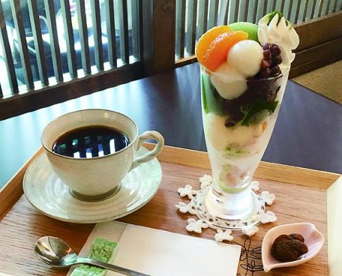 牛島製茶の抹茶パフェ